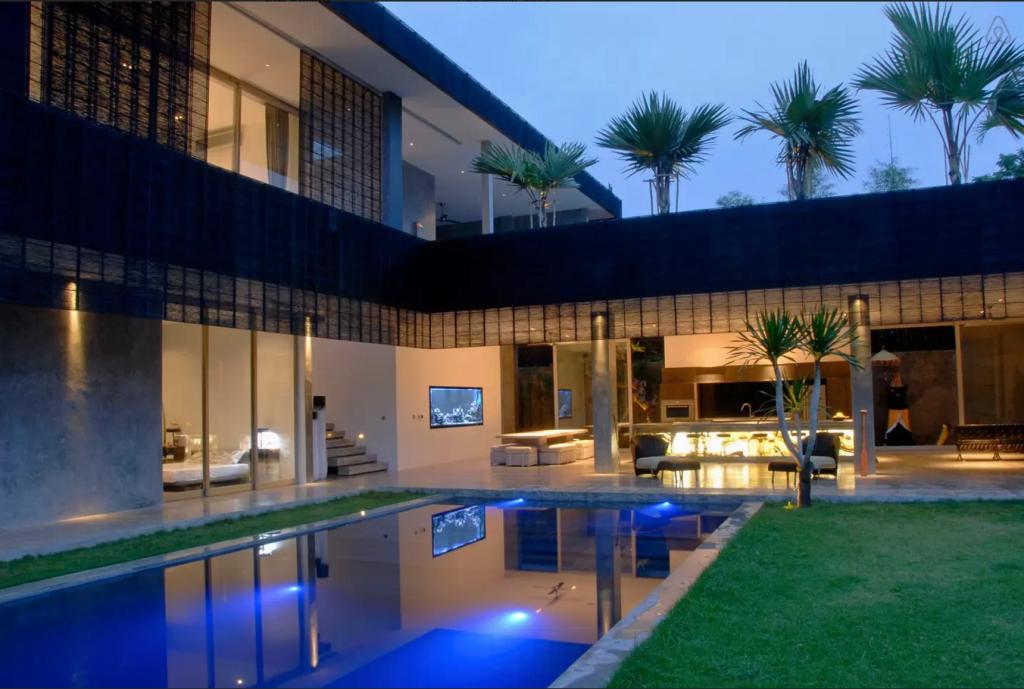 Bali Villa H2O